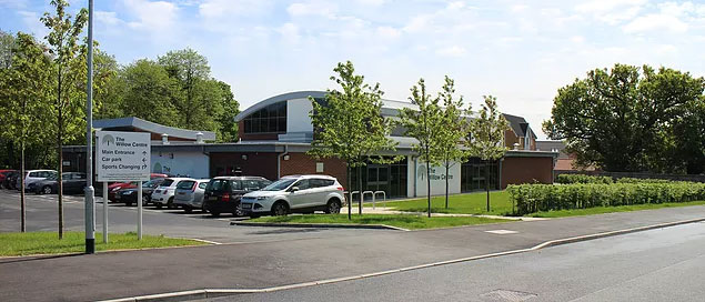 Willow Centre 1